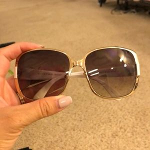 Gold frame Marc Jacobs sunglasses w White on sides